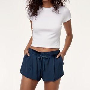 Aritzia Wilfred Montrouge shorts black size M